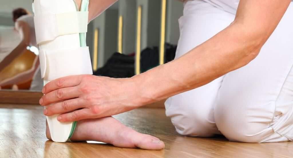 Sprunggelenksverletzung wird behandelt von Orthopäde und Chirurg Carsten Wingenfeld aus Bonn